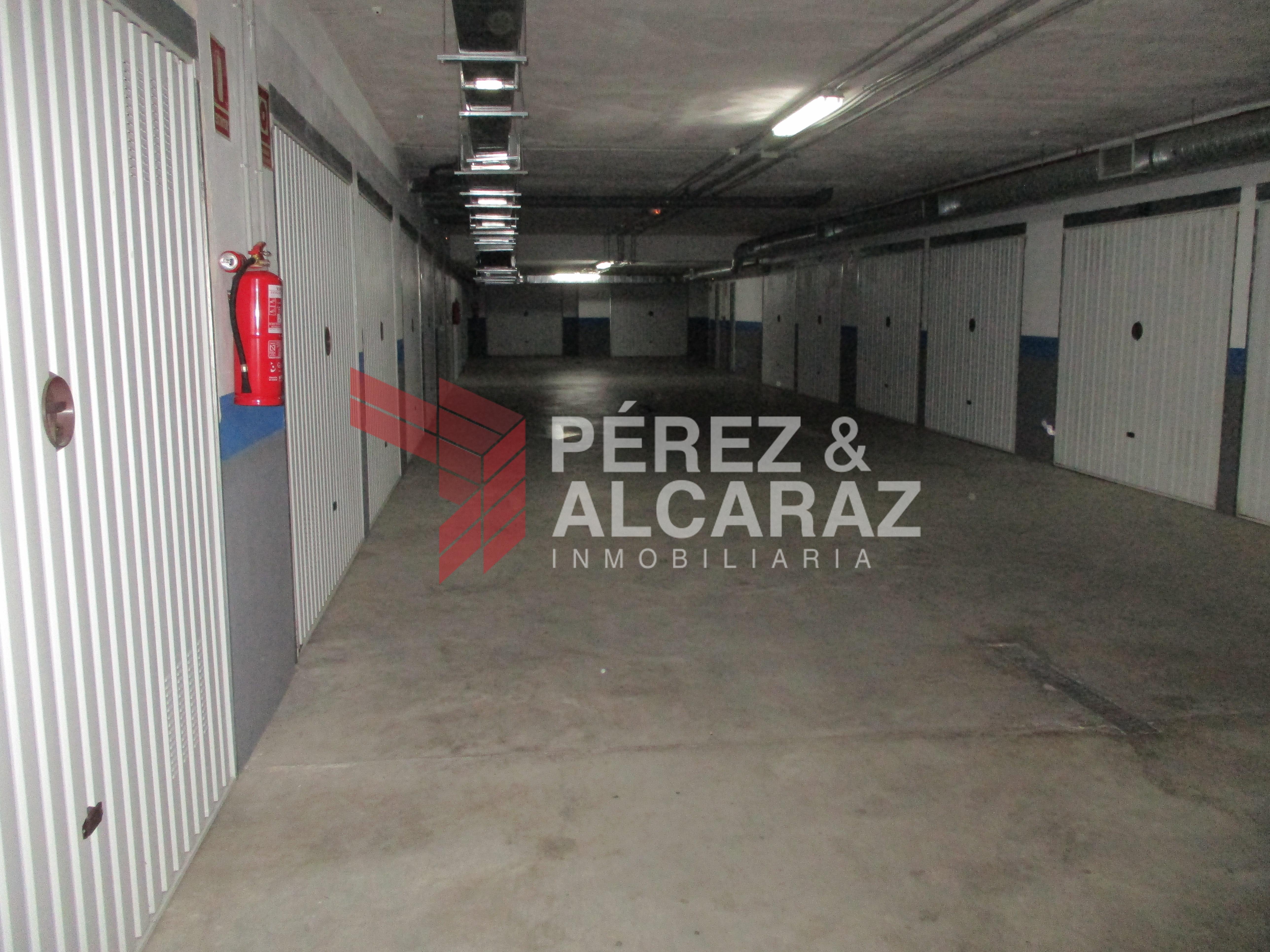 Plaza de garaje en calle Picadores Hermanos Sanchez