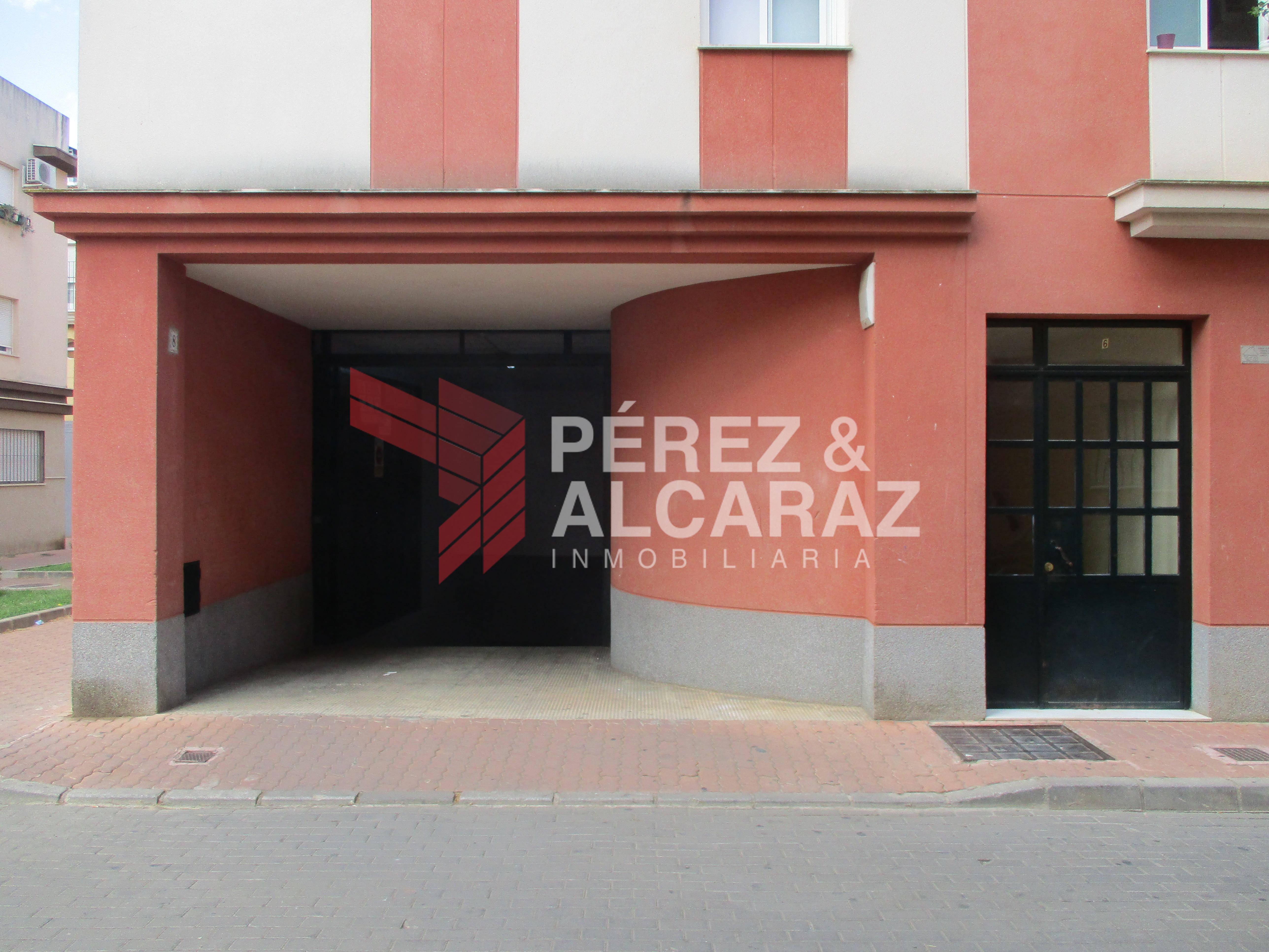 Cochera en Calle Asunción