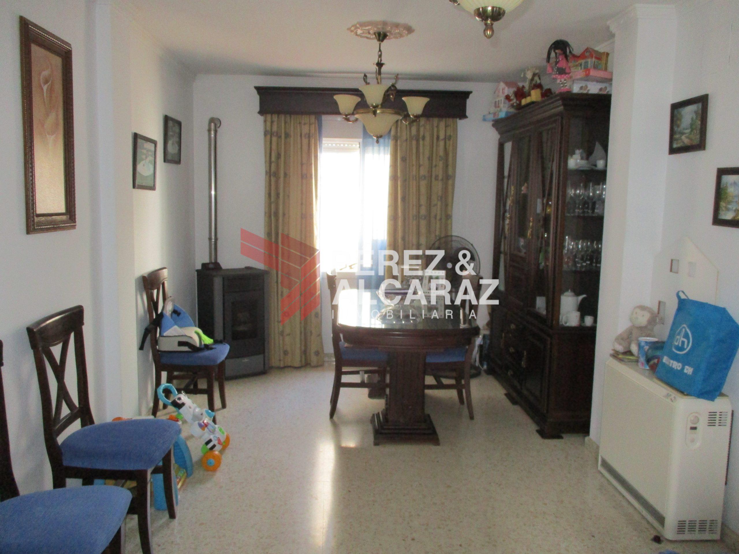 Casa en calle Lucena